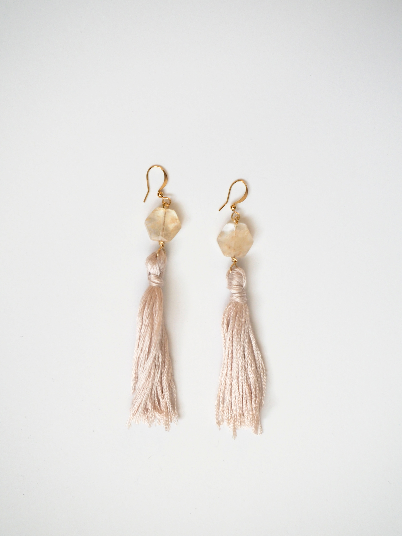 SV_tassel earrings_single-2.jpg