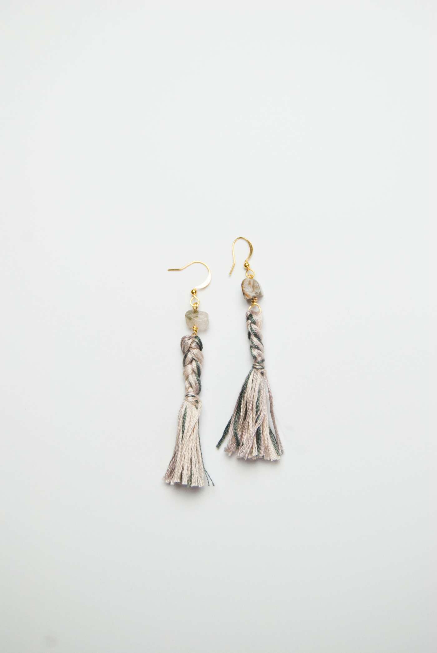 SV_tassel earrings_single-7